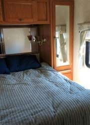 Damon Daybreak Thor Motorhome For Sale - 12