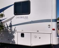 Damon Daybreak Thor Motorhome For Sale - 5